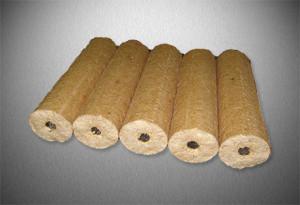 smrkové dřevěné brikety