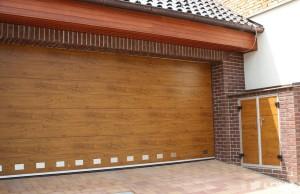Sekční vrata Lomax