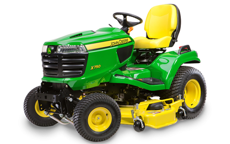 Fotografie: zahradní traktor