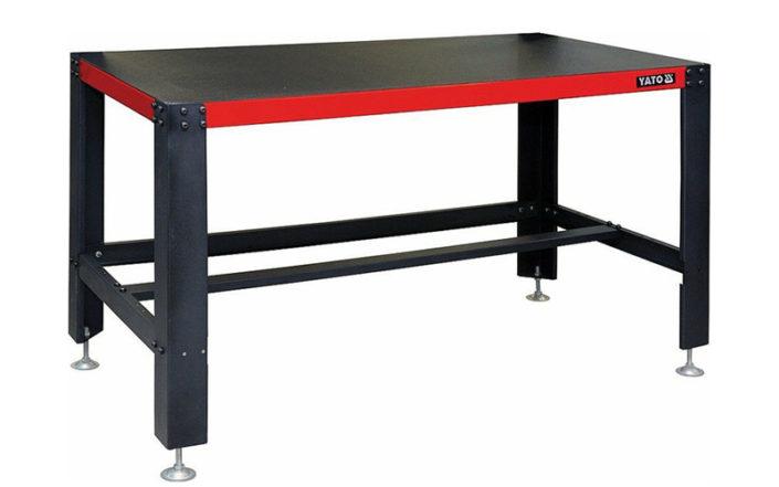 Pracovní dílenský stůl